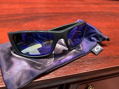 Oakley Fuel Cell Infinite Hero Polarised With Soft Case