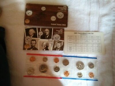1985 The United States Mint Uncirculated Coin Set with P and D Mint Marks US