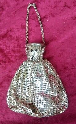 Vintage Antique Silver Metal Mesh Accordian Hand Bag Purse Satchel Etched