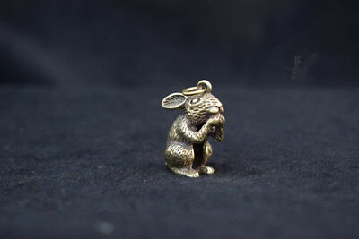 China Old Collectibles Pure brass Zodiac rabbit lucky small pendant statue