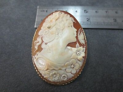 14k M & M Shell Cameo Brooch Pendant with Diamond 14K Solid Yellow Gold Frame
