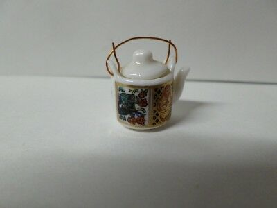 Dollhouse Miniature Japanese Tea Pot w/Removable Lid  Wire Handle Porcelain 1:12