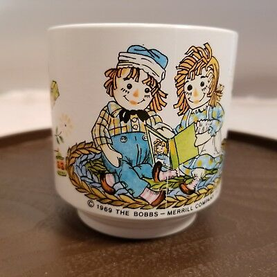 Vintage 1969  Raggedy Ann And Andy Cup The Bobbs Merrill Company 2