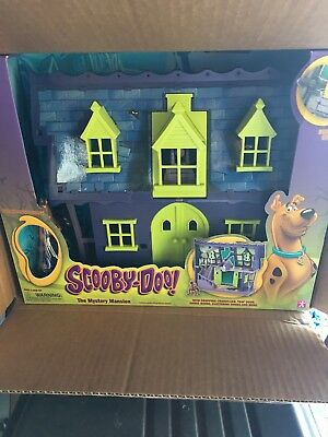 Scooby Doo Mystery Mansion Haunted House Figure