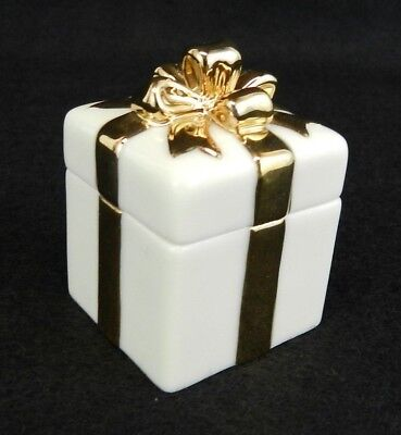 Lenox Small Ring Box White/Ivory Gold Bow Porcelain Present Trinket Jewelry