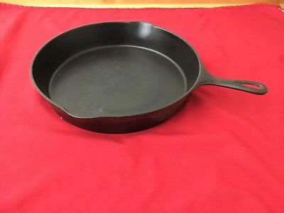 Scarce Wagner Sidney #12 1062A Cast Iron Skillet Heat Ring