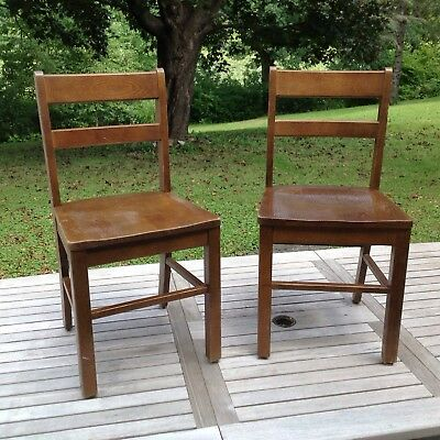 Vintage Library Schoolhouse Courtroom Child Oak Chair Mission Shaker Style