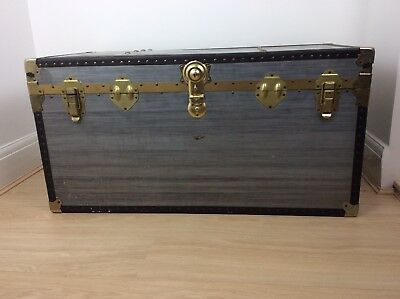VINTAGE Large Overpond Steamer Trunk Coffee Table Storage Chest Blanket Box