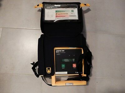 Physio Control Lifepak 500 w/ Case