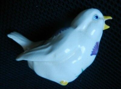 PLICHTA  BIRD  ART POTTERY    9 cm