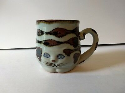 "Takahashi hand painted Cat Mug San Francisco 4""  blue tan glazed new tail handle"