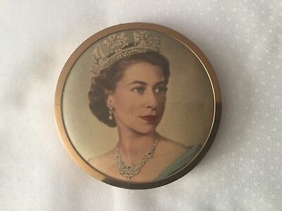 Vintage Powder Compact Picture Queen Elizabeth 11