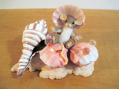 Charming Tails HAPPY AS A CLAM 89/264 Mouse & Sea Shells Fitz and Floyd Inc