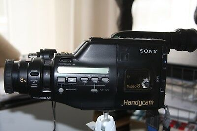 Sony  VCR Player Video 8 .. Camera Recorder Handycam CCD-F455  Camcorder.
