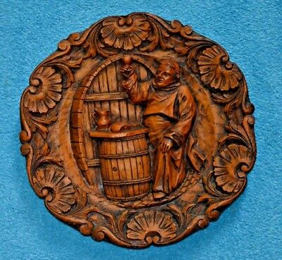 Antique or vintage German wooden hand carved decorative wall plate plaque I.