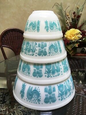 Pyrex Amish Butterprint Set Nesting Mixing Bowls..401--402--403--404..1950's