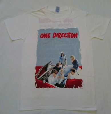 one direction 2013 tour-T Shirt- size SMALL-NEW