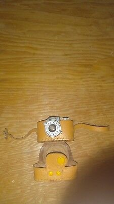 HIT Miniature Mini Spy Camera w/Case and Film Vintage Made in Japan