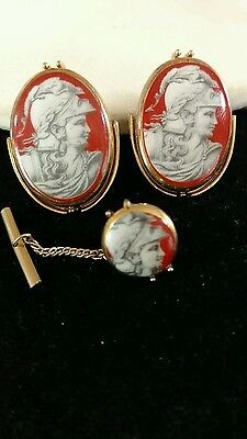 Swank vtg trojan soldier large cuff links tie tack