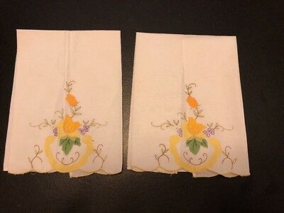 2 ANTIQUE WHITE LINEN  HAND TOWELS w EMBROIDERED FLOWER