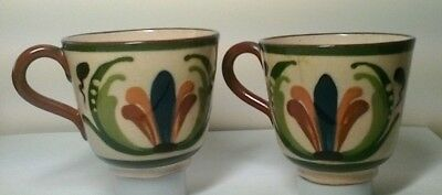 2 cups with scandy design and mottoes