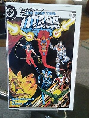 Comic Book  1984 The New Teen Titans #1 Autographed by George Perz Rare Collect
