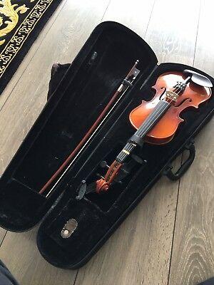 VIOLIN 🎻 QUARTER SIZE Supplied With Case Bow Rosin