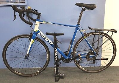 Giant Defy 3 2015 Compact Road Bike Large + AXACT 13W Cycle Computer + Air PUMP