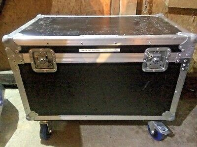 Flightcase with wheels.  Approx 72 x 43 x 43 cms - General purpose road trunk