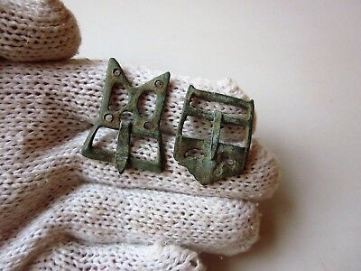Lot of 2 ancient authentic Roman bronze military belt buckles / buckles 2-3AD.