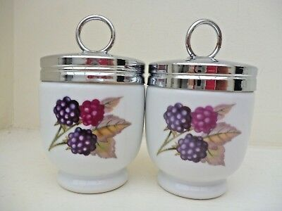ROYAL WORCESTER PAIR OF MATCHING EGG CODDLERS EVESHAM STANDARD SIZE x2