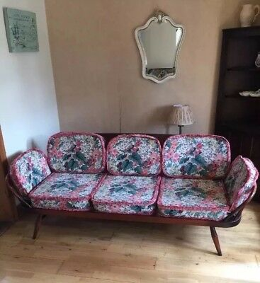 Fabulous Vintage Retro Mid Century Ercol Day Bed Studio Couch
