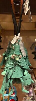Disney Parks Exclusive The Haunted Mansion Hatbox Ghost Christmas Ornament New