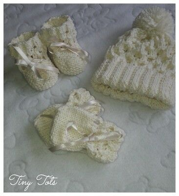 Hand Knitted Newborn Baby Hat, Mitts & Boots/Booties set in cream