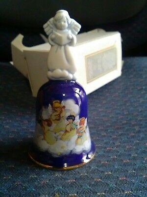 AVON 1992 PORCELAIN CHRISTMAS BELL HEAVENLY NOTES--NEW--SHIPS IN 2 DAYs