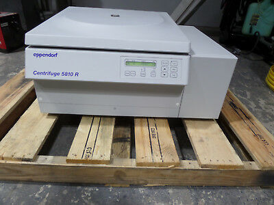Eppendorf 5810R Refrigerated Benchtop Centrifuge with FA45-30-11 Rotor