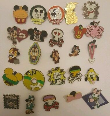 25 Piece Disney Trading Pin Lot As Pictured