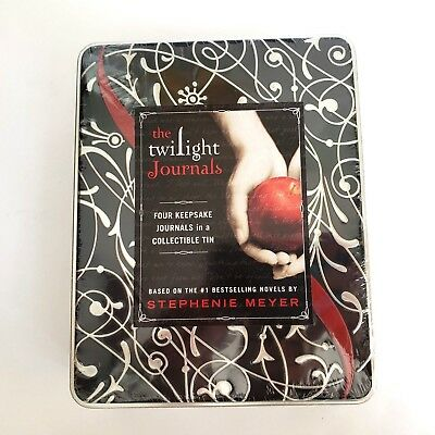 THE TWILIGHT SAGA Collection : 4 Book Set by Stephenie Meyer
