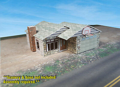 Z Scale Building -  Small Ranch Style House - Coverstock (PAPER) Pre-cut Kit RH3