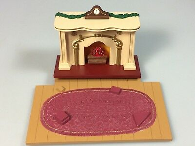 Dollhouse Miniature Fireplace Flickering Fire with floor and rug Hallmark