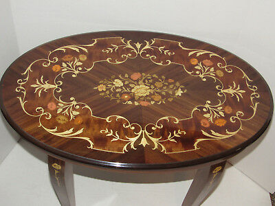 """MCM Italian Inlaid Marquetry Side Table, End Table, Oval Table, 26"""" x 17"""" Italy"""
