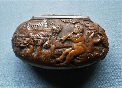 Antique Tabatiere Snuffbox Corozo .