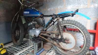 Yamaha DT125 early 70s two stroke restoration Trail trials with matching numbers