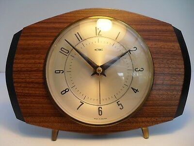 Vintage Retro Mantle Clock By Metamec Of England Battery Powered Keeps Good Time