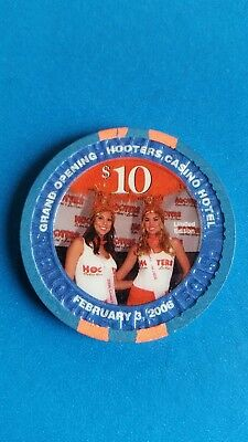 Hooters Casino February 3/ 2006 Grand Opening Hooters Casino Hotel   $10 Chip