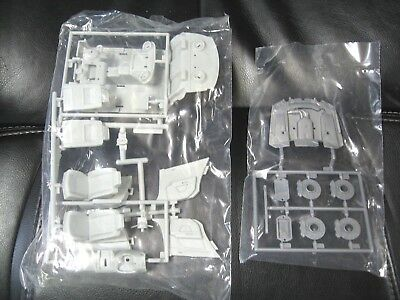 Revell Cadillac STS-V Interior & Misc Parts 1/25 Scale