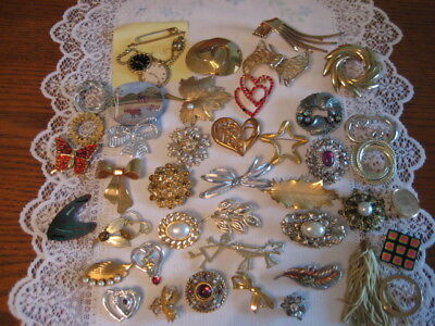 Vintage Estate Jewelry Lot Of 40 Brooches  Avon Gerry's Trifari Lot 5