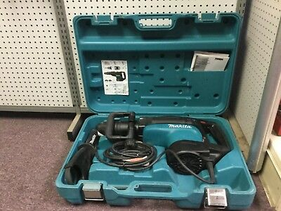 """Makita HR5210C 2"""" 15 AMP Advanced AVT SDS-MAX Rotary Hammer Used Only Once"""