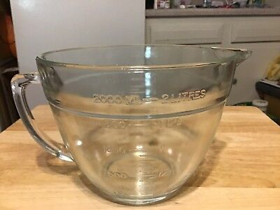 Fire King Anchor Hocking 2 Qt Mixing Batter Bowl Measuring 8 Cup Clear Glass USA
