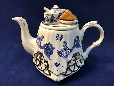 Paul Cardew Blue Willow Wrought Iron Tea Table Teapot 1-Cup Signed